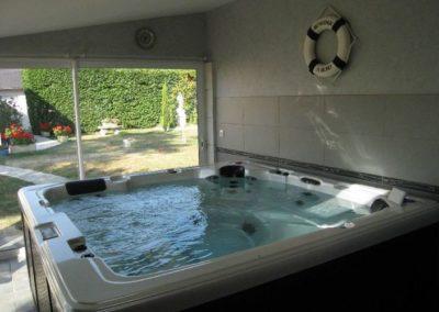 bain tourbillon encastré - Spa 6 places - Annecy Haute savoie